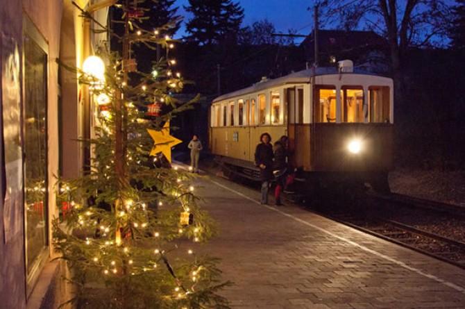 Dal 28 novembre al 28 dicembre a Renon il Natale arriva a bordo del treno