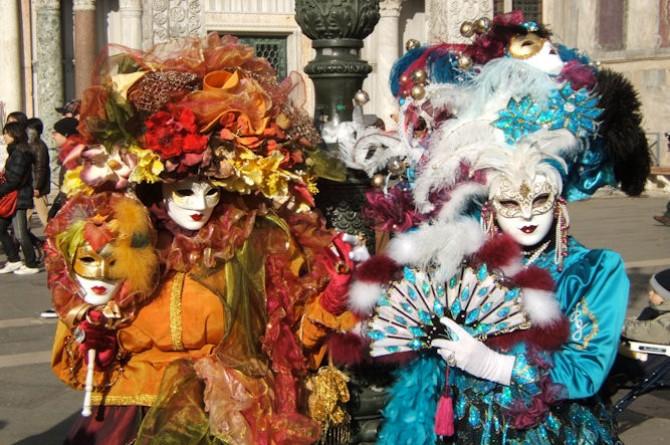 Carnevale 2015: ecco dove festeggiarlo fra colori, maschere e tradizione