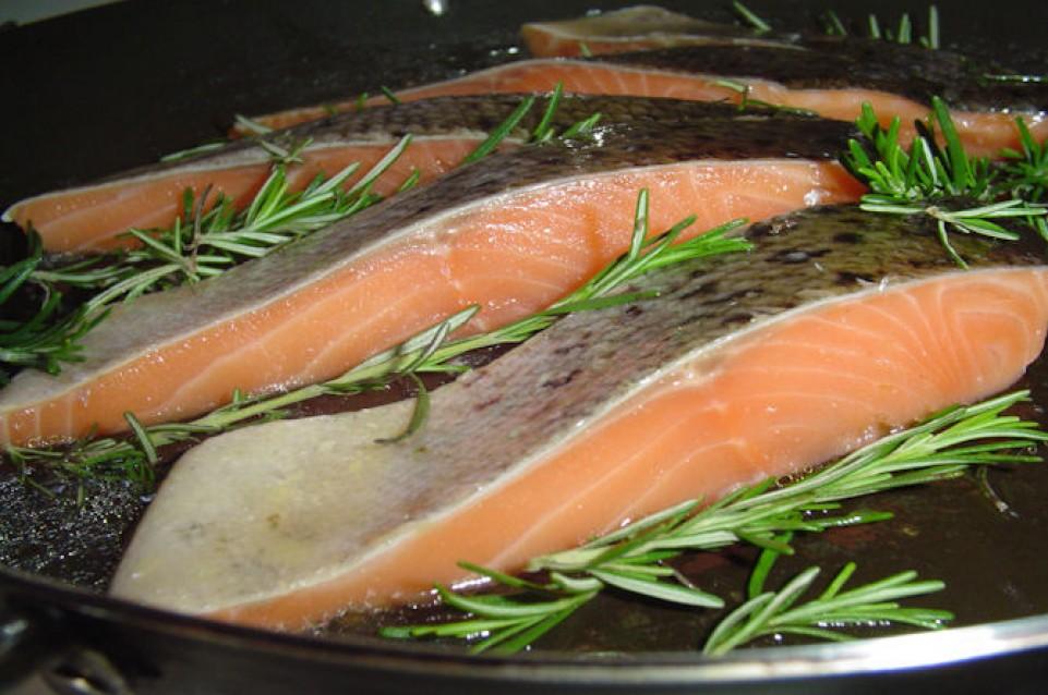 Un piatto di pesce a settimana fa bene a memoria e cervello!