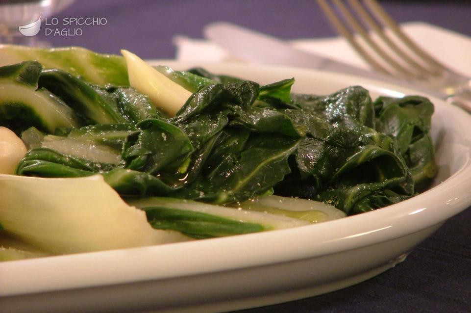 ricetta - bietola aglio e olio - le ricette dello spicchio d'aglio - Cucinare Bieta
