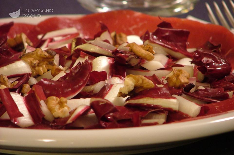 Super Ricetta - Carpaccio di bresaola radicchio e noci - Le ricette  VL18