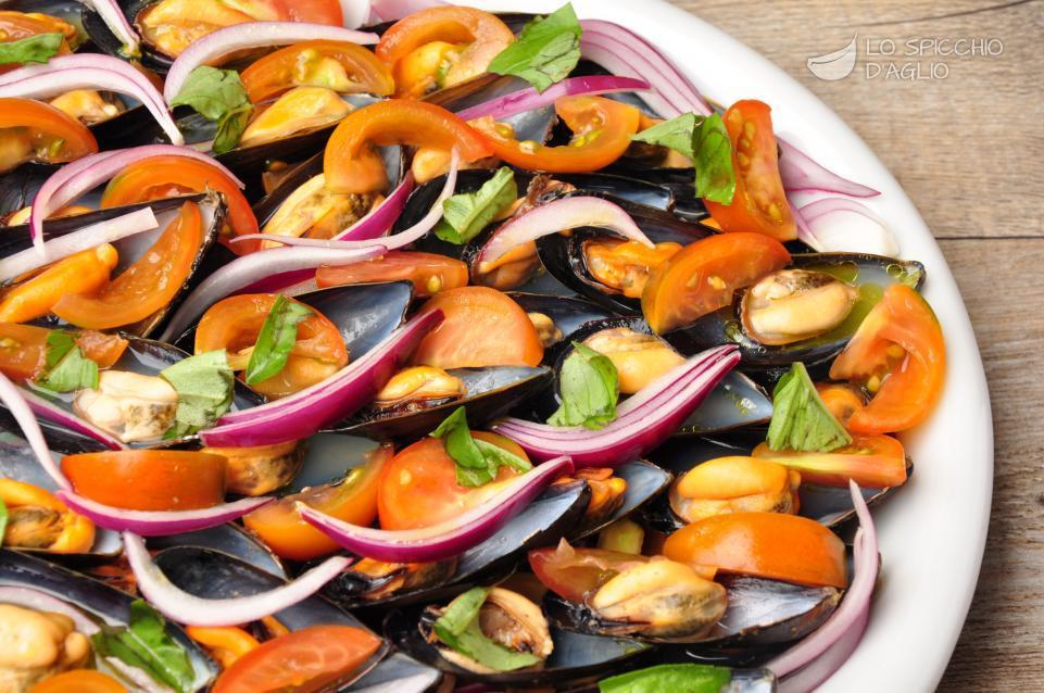 Ricetta cozze alla catalana le ricette dello spicchio for Ricette veloci pesce
