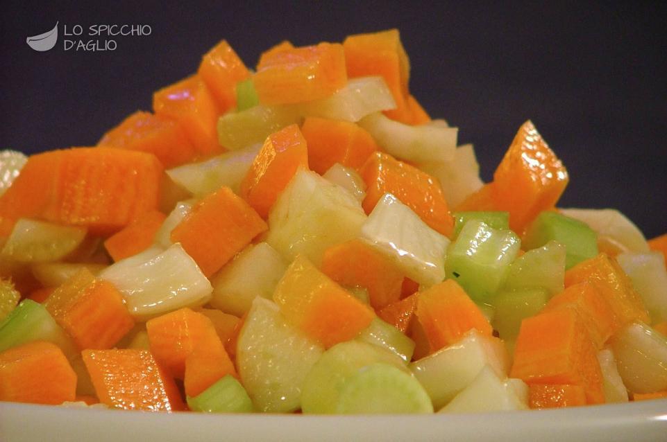 Cruditè di verdure cubettate
