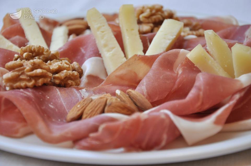 Antipasti Di Natale Toscani.Ricetta Gran Piatto Toscano Le Ricette Dello Spicchio D Aglio
