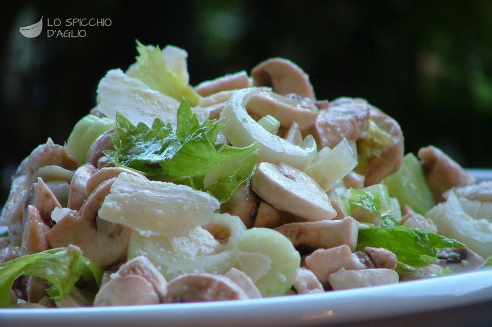 Insalatina di champignon e Parmigiano