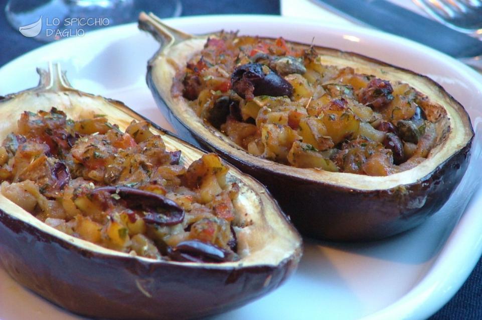 Ricetta melanzane ripiene alla napoletana le ricette for Melanzane ricette