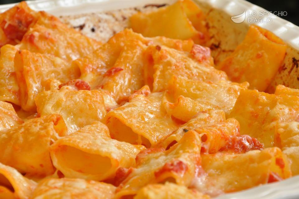 Ricetta paccheri alla sorrentina le ricette dello for Ricette italiane veloci