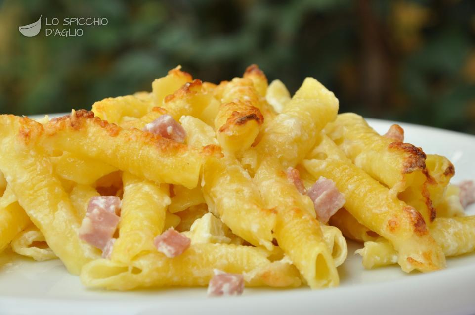 Pasta alla genovese ricetta cotto e mangiato