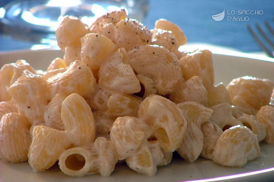 Ricetta pasta con la ricotta in bianco