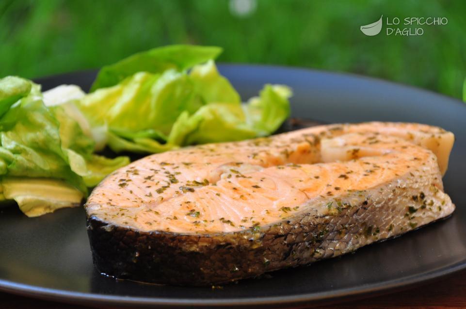 Ricetta tranci di salmone al vino le ricette dello spicchio daglio