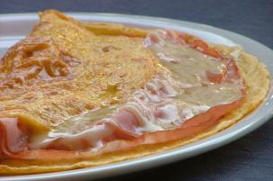 Omelette Praga e Gruyère