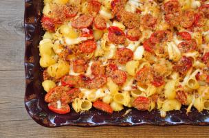 Pasta con pomodorini al forno e scamorza