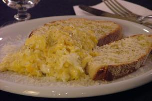 Uova strapazzate Taleggio e Gorgonzola