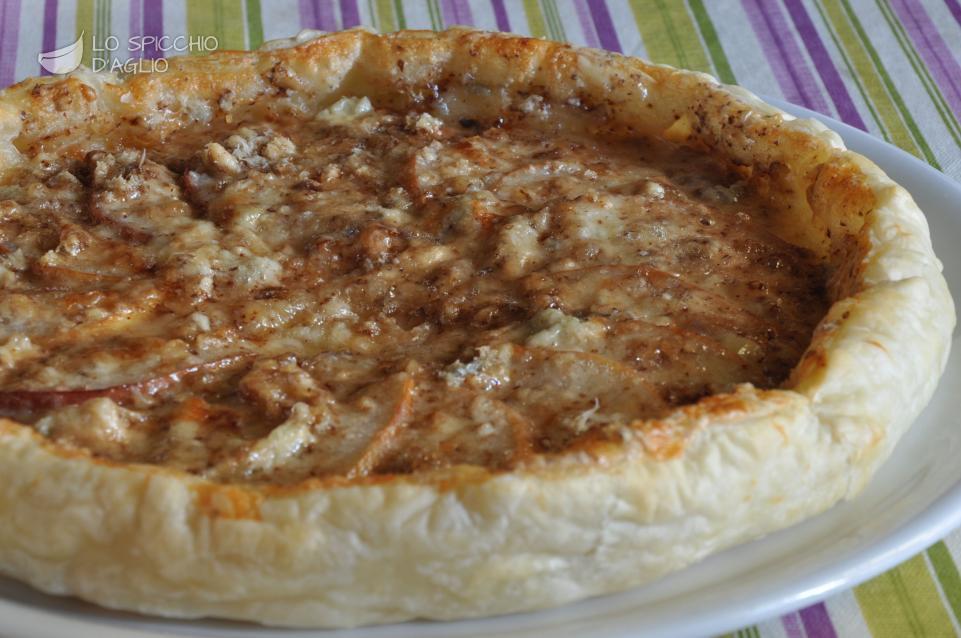 Ricette di natale torte salate ricette popolari della - Torte salate decorate ...