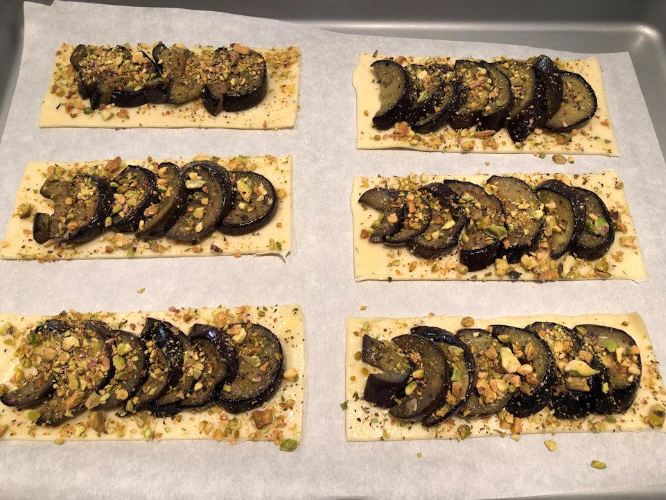 Aggiungere la granella di pistacchio